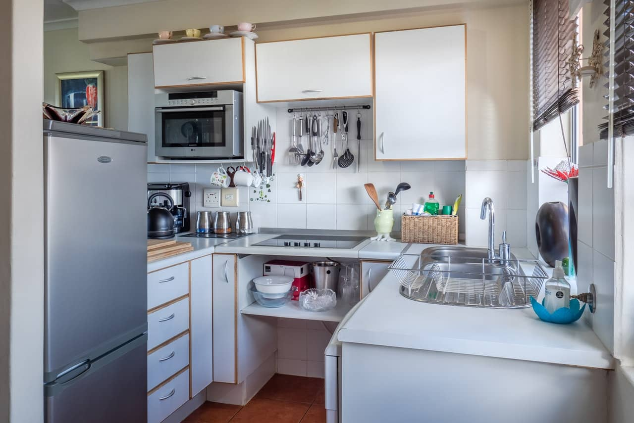 10 Quick Summer Kitchen Ideas 2021 For Your Cluttered Home